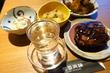 【恵比寿】笠原シェフのおばんざいが300円で楽しめる角打ちが楽しい!「賛否両論 KAKUUCHI」