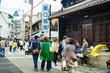 5月14日(日)は枚方宿くらわんか五六市。フード、雑貨、アクセなど199店舗出店。オススメは素朴で可愛い手のひらサイズの山野草や苔小物のお店!