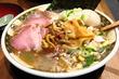【渋谷】煮干たっぷり!濃厚スープと極太いったん麺が人気のラーメンで〆。「すごい煮干ラーメン凪 渋谷東口店」