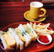 おひとりさまでも入りやすいコーヒーショップ♪豊田市のブラウン珈琲