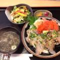 利 TOSHI