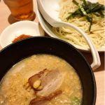 TOKYO豚骨BASE MADE by 博多一風堂 #ramen 今日のランチはつけ麺!さすが一風堂系列でスープが美味しい(*´∀`人*)つけ麺には珍しく細い麺によく絡みますね♪