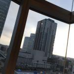やきとり戎 横浜スカイビル店。 居心地とロケーションはめっちゃ気に入ってる窓際席^ ^