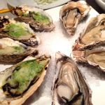 FISH & OYSTER BAR シブヤ西武店焼き牡蠣とガーリックバター