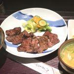 ロスへ向かう前に梅田駅前ビルの伊達屋で炭火牛たん焼き定食を頂きました!