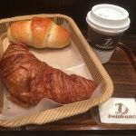 Delifrance 日本橋店 クロワッサンと塩フランスパン