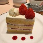 シェ・松尾 柏高島屋店 ケーキセットのショートケーキ♪( ´▽`) スポンジがふんわりして美味しかった♪