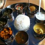 シリ バラジ 高松店にてミールスランチ!香川で南インド料理が食べられるとは。味もなかなか美味しいです!