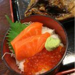 朝市食堂   しまほっけ+ミニ海鮮丼+生ビール のセット2200円