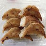 ポッポ ららぽーと横浜店    餃子   形は不細工ですが味はモッチリ!