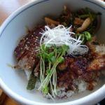 和食 えん 東京ドームシティミーツポート店   牛ステーキ丼(1380円)   ステーキ状の肉を食べるのは久し振りだな〜