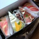 スミーツカフェの派手やかケーキ。桃、抹茶、モカ、いちじく、グレープフルーツ!