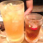 串カツ しろたや『超炭酸角ハイボール』隣のウーロン茶が普通サイズのジョッキです!