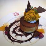 FLAGS Cafe 大丸京都店 かぼちゃのモンブランパンケーキ パンケーキというよりスポンジケーキでした。トッピングは◎
