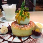 フラッグスカフェ 名古屋松坂屋 カボチャのモンブランパンケーキ。クリームのお代わりがあったらなー(笑)ドリンクのハニージンジャーミルクが美味しかった。