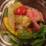 RF1  東急東横のれん店   ローストビーフサラダ   少しは蛋白質も補給しないと