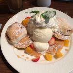 焼きマシュマロパンケーキ アイスとカスタードと生クリームとマシュマロととにかく甘くて一枚一枚小さくてもボリュームがあります。