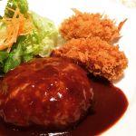 ハンバーグの肉汁スゴかった…カキフライもこの時期オススメ。落ち着いて食事出来るのもステキ(*´艸`)