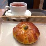 カスカード ゼスト御池店:えびすかぼちゃのあんぱんと紅茶
