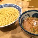 船橋駅前で昼飯を考えた結果、これまで行ったことなかった青葉へ。つけ麺大盛り、変な癖がなくて食べやすかったな。美味かった。