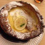 レモンとクリチのプレーンです。初ドイツ風パンケーキ。シロップなしでもいけます!モチモチで美味でした。