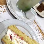 ローズベーカリー 銀座でヴィクトリアンなんたらスポンジケーキとアイスジンジャーミントティー おいし〜