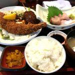 大海老フライとお刺身定食1000円🎵メチャメチャ大きい‼️お刺身はブリかカンパチの何れかチョイス🎵いつ来てもお値打ちやわぁ🎵