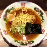 舎鈴@赤羽駅構内 朝中華 380円 以前、もっと和出汁と濃口醤油が効いて、蕎麦つゆを中華麺で食べる感じだったが、ちゃんと?ラーメンのスープになってた
