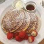 サラベス 大阪店 バターミルクパンケーキ #パンケーキ