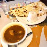 カシミールカリー@アジアンキッチン Taj。常々行きたかったタージ に初訪。欲張ってナン&ライスに変更。噂通りスパイシーでめちゃうまい(๑′ᴗ‵๑)