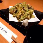 春の山菜天ぷら。まさかの二日連続の山菜。たらの芽、こごめ、菜の花、ふきのとう、舞茸。春はいいねえ。