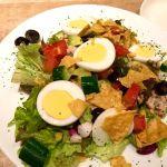 ツナマヨCOBBサラダ。とりあえずガッツリ野菜。 (@ 世界のビール博物館 東京スカイツリータウン・ソラマチ店)