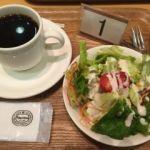 神戸屋フォーニル レザンジュ たまプラーザ店   コーヒーとサラダ(セット内)   これも付きます。量からして若者向きかな〜