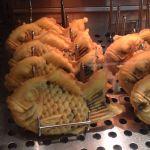 2012.02.26おやつ「薄皮たい焼き 銀のあん 新宿アルタ店」。小腹みたしのチョコカスタードパイたい焼き。激しく美味い!!