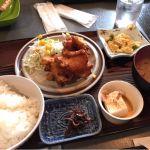 神戸食堂  唐揚げ定食(^o^)