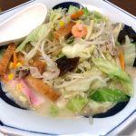 フードコートで糖質制限メニューなんてものはないのでせめて野菜だけでも取る。リンガーハット 神戸ハーバーランドumie店