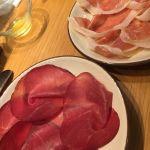 ちゃんとモッツァレラも食べたのに写真は馬の生ハムとパルマ産生ハムだけという😅OBIKA MOZZARELLA BAR
