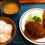 キッチンジロー ニュー新橋店にきたよ。今日はハンバーグとメンチカツ。¥890胃が小さくなったせいか、お腹いっぱい