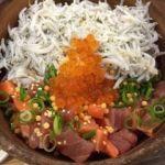 こめらく・足柄SA(上り)   海鮮ぶっかけ御飯(1180円)   海鮮丼とぶっかけ丼と2回美味しさを楽しめます