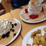 エッグスンシングス 湘南江の島店初のエックスシングス🎵でもあたしはあんまり…生クリームは軽くてペロッといけましたが生地も薄すぎてもちもち感もなかったなぁ(。-_-。)