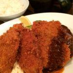 グリル欧風軒ガッツリ洋食を🎵Bセット(ハンバーグ、へれかつ、魚フライ)にカキフライ2個をトッピングで1100円(^O^)/