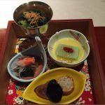 旬菜。青菜煮浸し、枝豆豆腐、蟹と茄子の紫紫蘇酢掛け、鮪西京焼。@なだ万茶寮 渋谷店