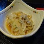 伊豆創作寿司 いず鮨   小鉢   この店ならではの品はないがドライブインレストランとしてはこんなものかな〜