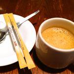 食後にはコーヒーか紅茶がつきます。私はコーヒーが好きなんでやっぱりコーヒーでぷ♡勿論!ブラックです('∀'●)<オットナー!