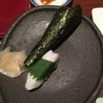 柿安 三尺三寸箸 玉川高島屋S・C店   お寿司    イカ握りとトロの手巻をたのみました