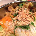 ベトナム風サラダ麺。ナッツの風味がいい感じ◎