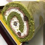 ミオール神戸の抹茶のロールケーキ(*´ڡ`●)夕方17時くらいにハチミツのロールケーキ目当てに行ったらなんと完売↓代わりに抹茶にしたけどこれも大当たりでした☆☆☆