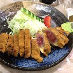 牛かつ おか田 久々にきた〜。このミディアムレアに揚げたかつとわさび醤油が最高にあいます!