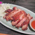 """「ガイヤーン」このボヤッとした""""レトルトパウチ的な、甘辛味""""は…タイ料理を看板に掲げるお店では出会いたくは無かったwチャンパー 伊勢丹会館店"""
