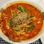 大盛軒 坦々麺を頂きました。筍の歯応えと生姜の香りが効いたややアッサリ目の坦々麺ですが、辛さは強いです。満足です。